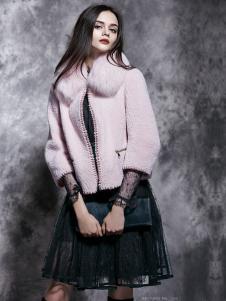 楚阁粉色毛领短款外套