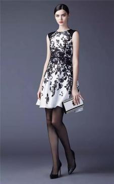 SUSSI古色2017春夏女装黑白色收腰连衣裙