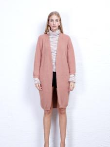 丹尼布鲁粉橘色外套