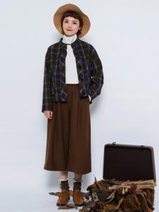 Pit女装新品格纹短外套