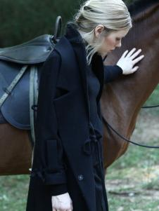 ALSCANA女装新品黑色大翻领大衣