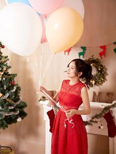 速品时尚红色无袖连衣裙