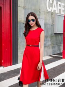 音非夏季红色新款连衣裙