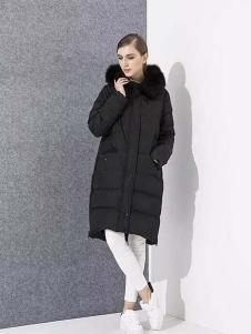 爱博·琼斯女装黑色毛领长款羽绒服
