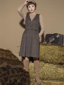 Pit女装新品V领格纹裙 款号273242
