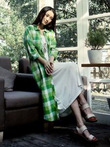 片断女装绿色格纹长衬衫