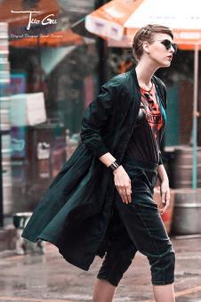 2017年拓谷春夏新品黑色风衣