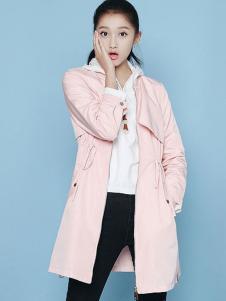 凡兔女装粉色风衣