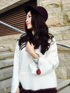 玛斯卓拉时尚白色上衣