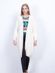 丹尼布鲁女装白色长款外套