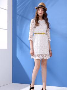 betu百图17春新款白色蕾丝连衣裙