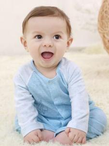 卓儿婴童装单排扣家居服