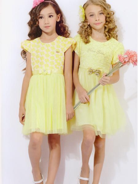 黄色蕾丝拼接连衣裙