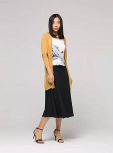黛英女装2017春夏新品黄色长外衫