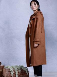 依丁可唯秋冬个棕色大衣