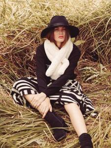 藏九女装秋冬新品黑白相间色女裙