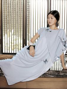 布衣斋女装春夏时尚个性女裙