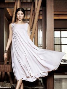 布衣斋女装春夏简约纯色无袖连衣裙