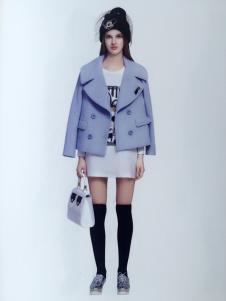 薇妮兰蓝色短款呢外套