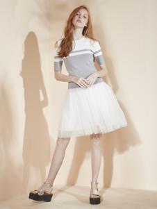 香影女装白色雪纺A字半裙