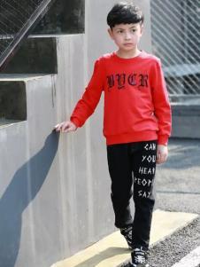 布衣草人童装红色字母印花T恤