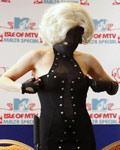 雾霾天也要美 时髦戴口罩Gaga赢了