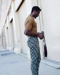 型男夏季时髦印花裤