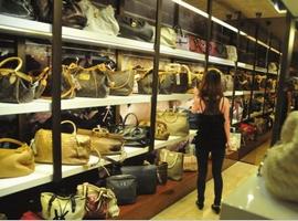 【形势·四】中国奢侈品市场负增长