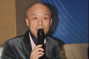 邓国坚:广东服装业要解决高库存、产能过剩问题还需要反向思维