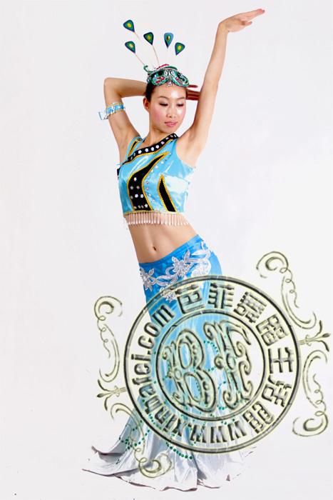 北京租赁苗族舞蹈演出服装傣族舞蹈服装租赁彝族舞蹈服装出租