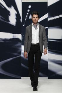 都市男性时尚风采尽在柏朗亚高服饰