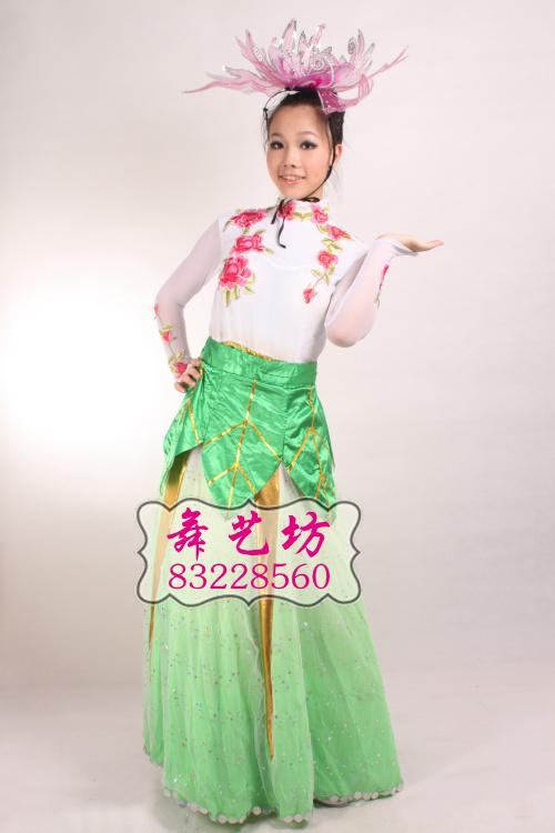 专业生产新娘装 生活装及丝绸服装图片