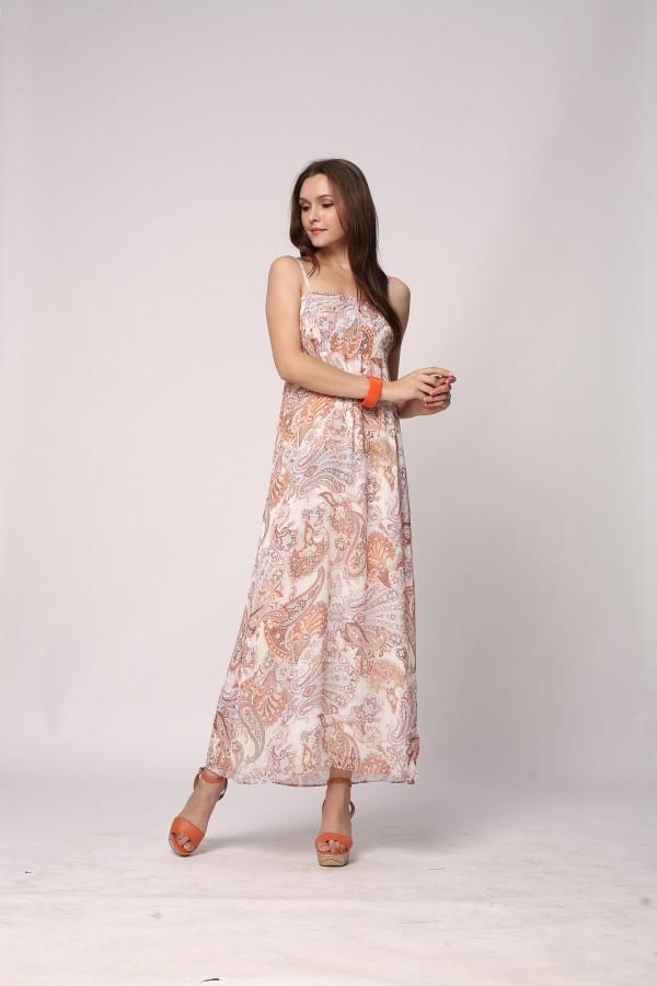 卡秀CUSHOW用优雅表现经典时尚。