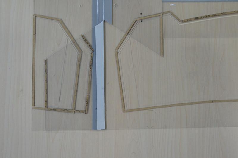 而且工艺部件比较局限,后来日本人将服装模板材料改良并将工序进行