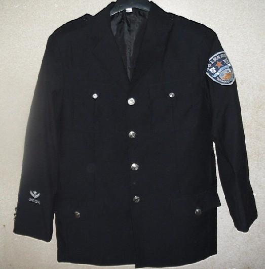 警察春秋常服