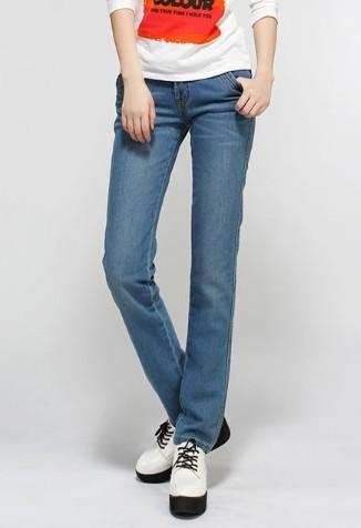 东莞牛仔裤批发哪里最便宜最时尚牛仔裤批发安卓-春季新款女式牛仔