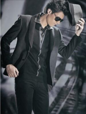 源自欧洲品牌,英国劳斯莱斯男装高清图片