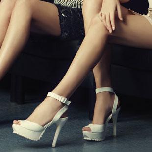意大利风格女鞋品牌AEE爱意招商加盟