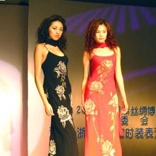 万事利WENSLI时尚女装招商加盟