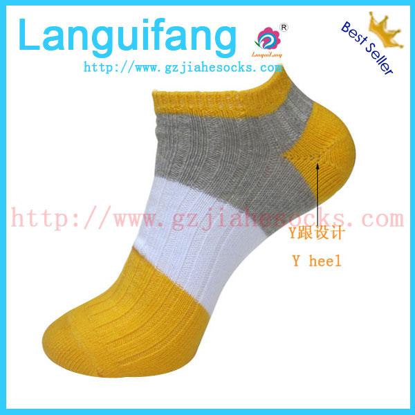 北京戶外多路雙針提花旅遊襪-戶外旅遊襪價格-廣州襪子廠家供應登山女襪