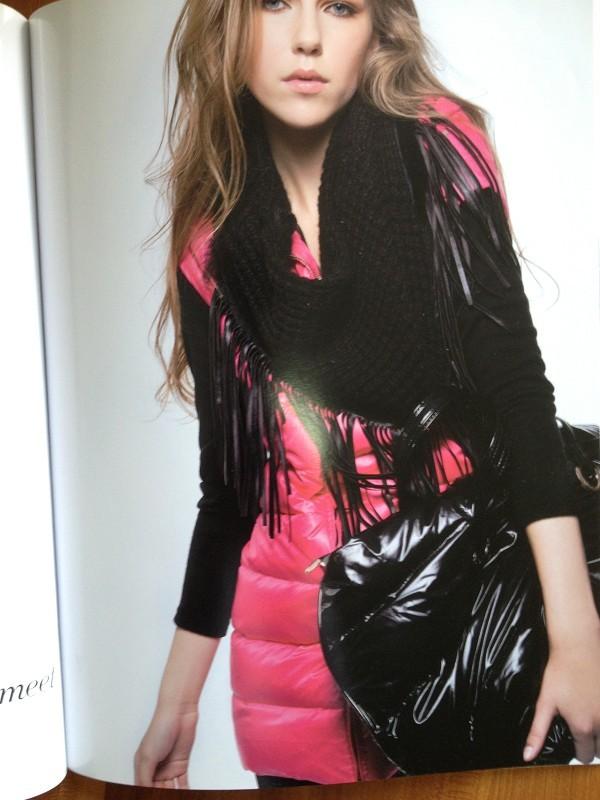 H-X韩轩优雅时尚,内敛的性感,低调的奢华。