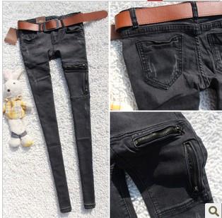 库存尾货市场供应大量品牌杂款男女装牛仔裤便宜8元/条