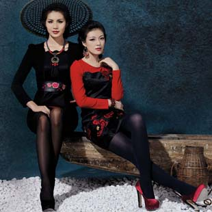 唐婕TangJie高级时尚女装为您演绎中式的浪漫