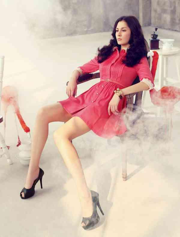 雅戈美黛品牌女装让你成为优雅的时尚达人