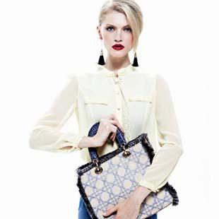 于质朴中见华贵 尚艾诗3S时尚女装品牌诚招加盟代理