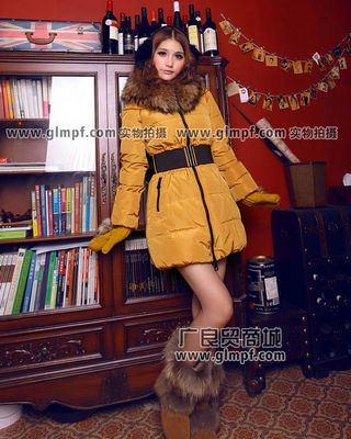 今年流行什么女外套2013年流行服饰批发今年最流行的外套批发今年流