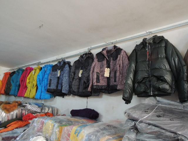 低價處理男女棉服羽絨服,童裝棉服外套,秋冬庫存服裝低4元起