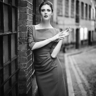 英国时尚女装FEVER品牌诚邀加盟