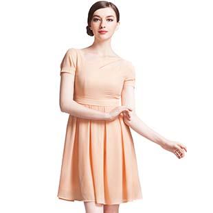 古舞花色女装:用衣服表达爱意