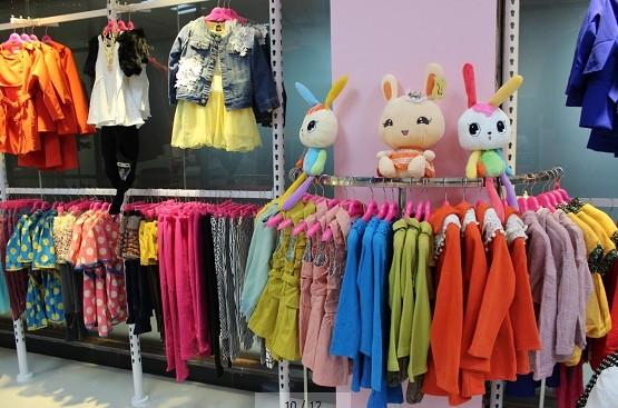 Q娃娃童装打造可信赖童装品牌